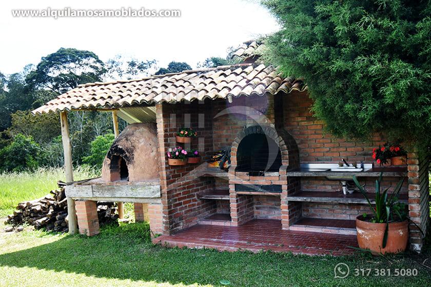 Alquilamos Amoblados Villa Ligia 9.
